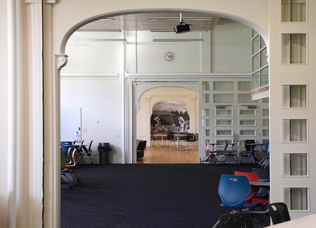 Sargood classroom arch 09